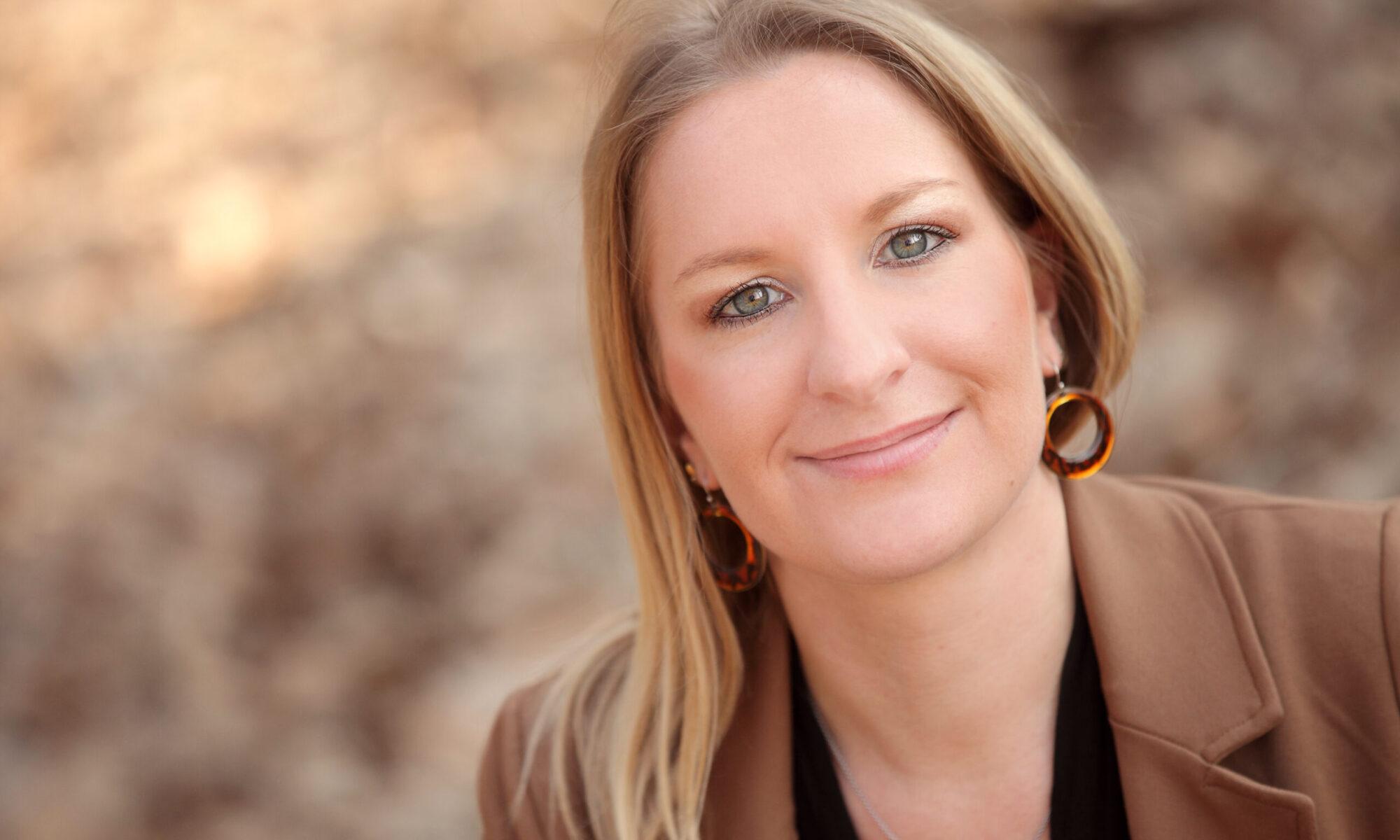 Dr. Katharina Gold